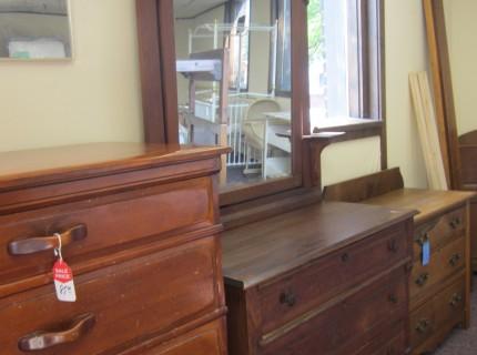 V & V Furniture Sales