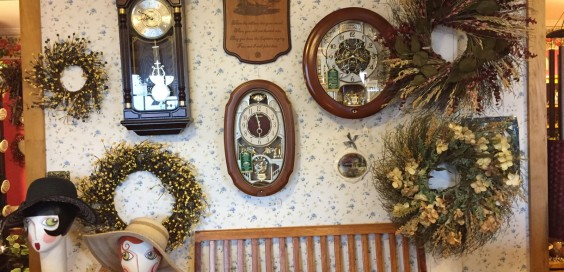 Valley View Gardens Nursery & The Cinnamon Apple Cottage Gift Shoppe